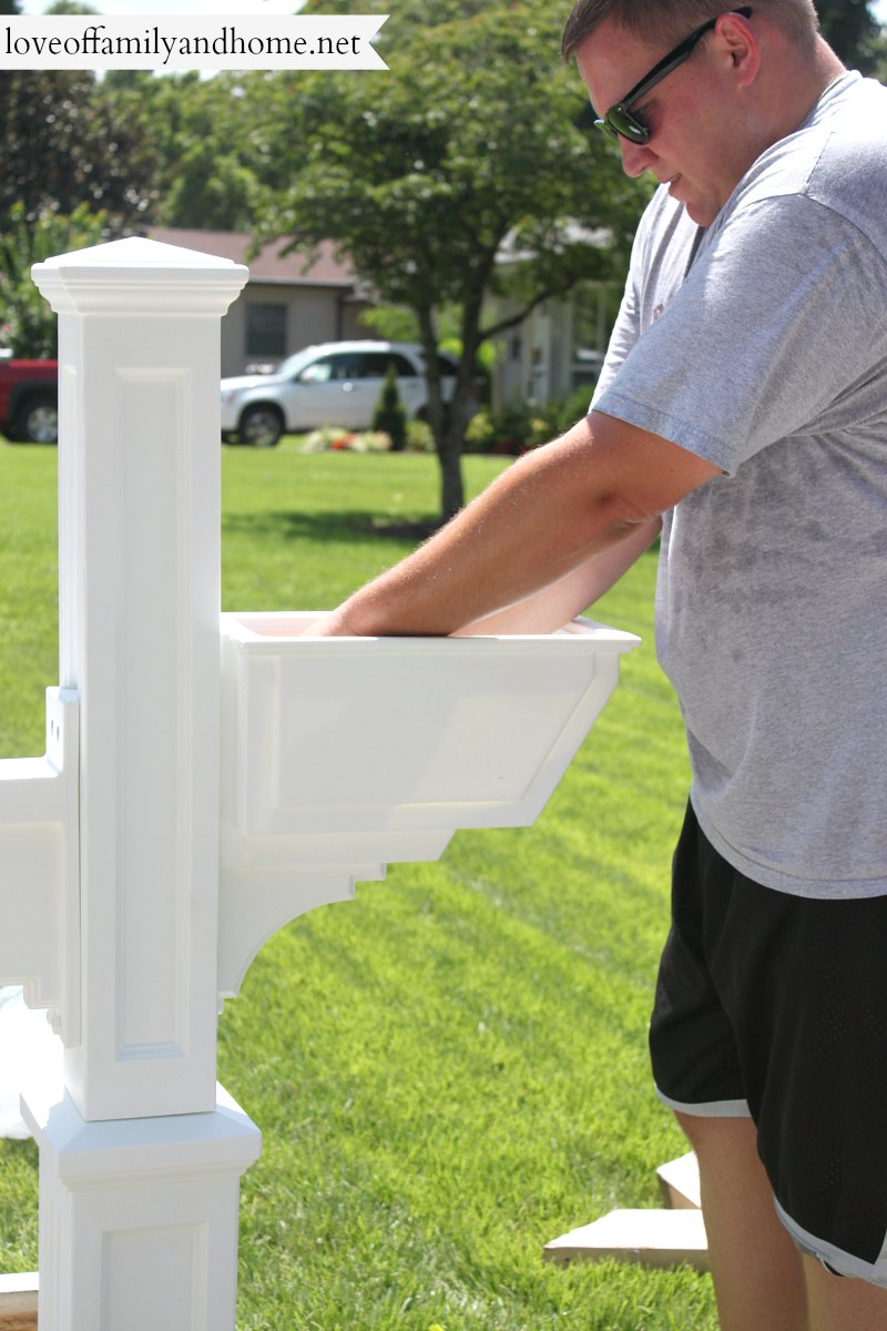 Quick & Easy Mailbox Makeover