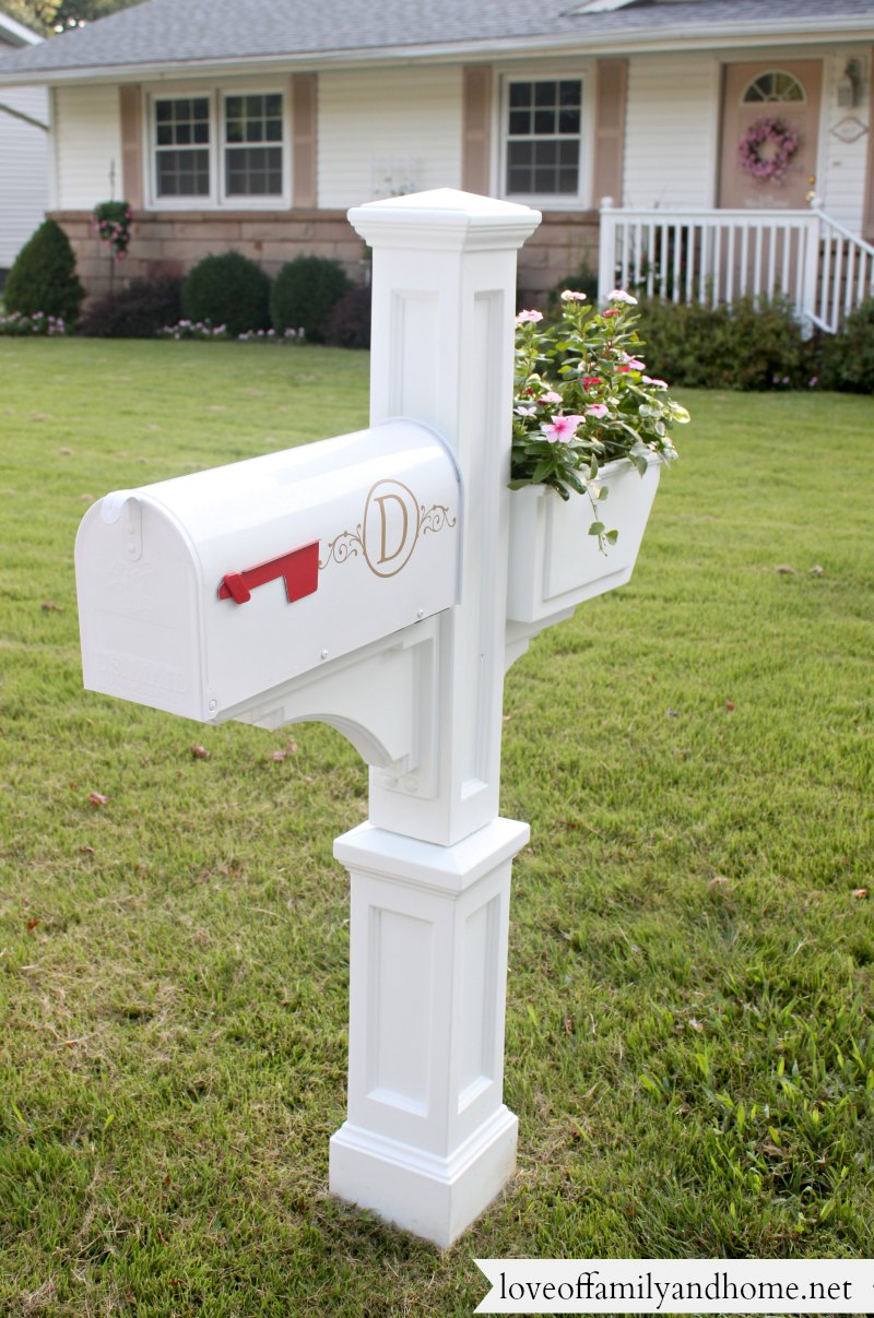 Quick & Easy Mailbox Makeover - Love of Family & Home