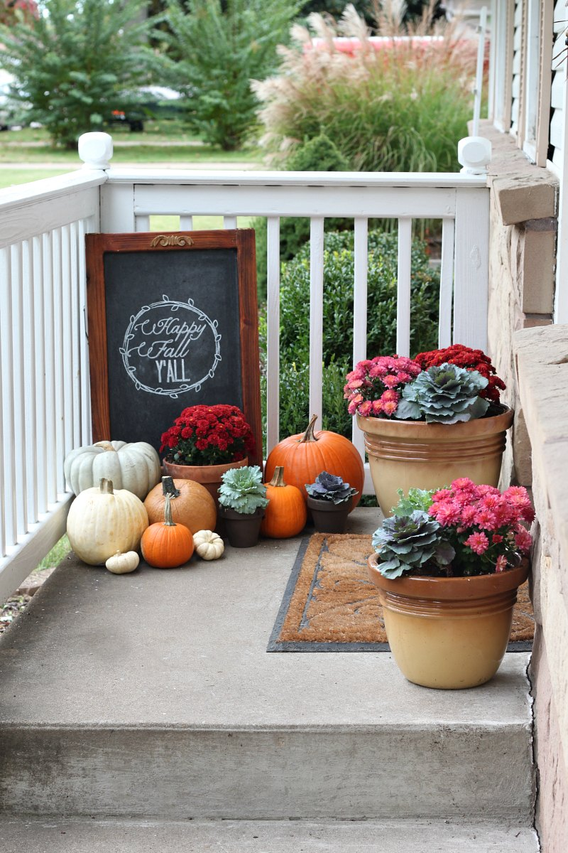 Our fall porch 2013 fall porch decorating ideas love Small front porch decorating ideas for fall