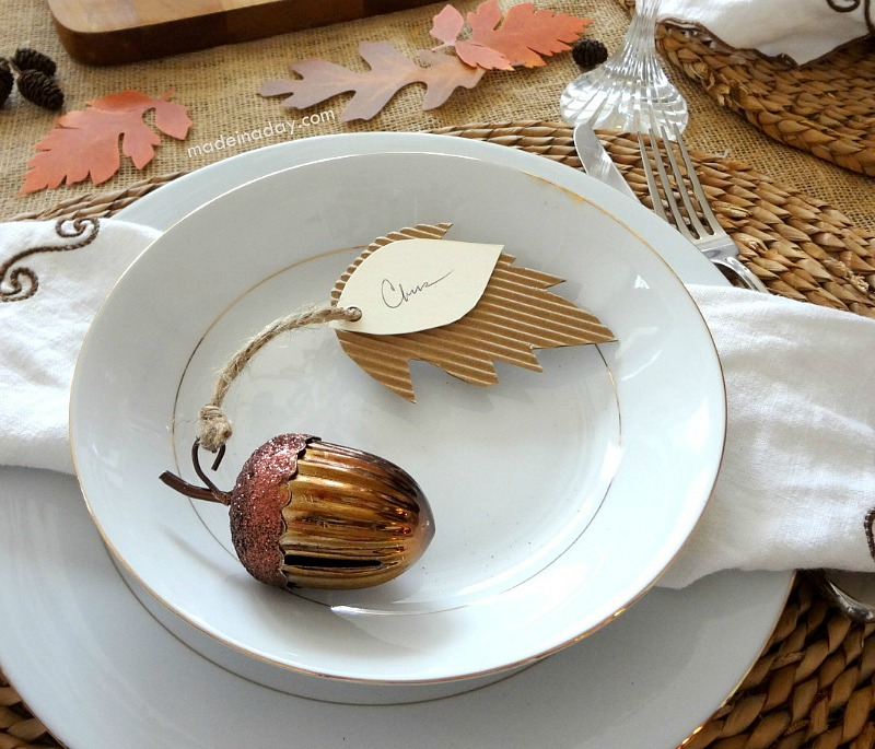 Acorn-Place-Cards-Made-in-a-Day-turkeytablescapes