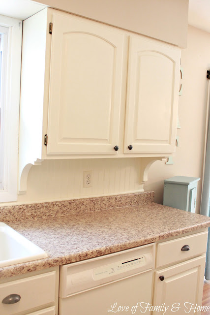 2012 Family Home Decorating Ideas: Beadboard Backsplash, Corbel Love, & A Few Other Kitchen