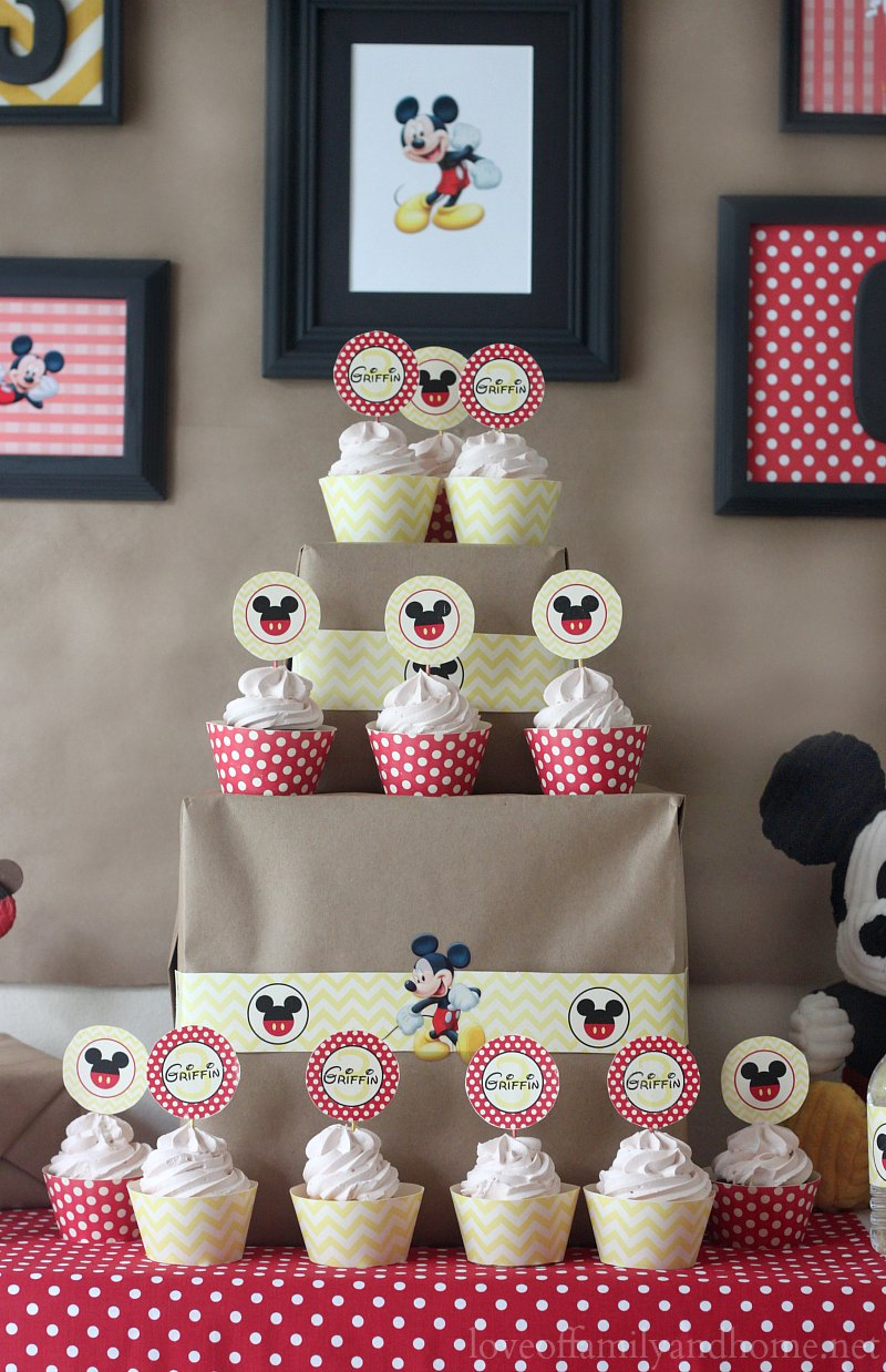 Mickey mouse birthday party ideas griffin turns three love of mickey mouse birthday party ideas amipublicfo Choice Image