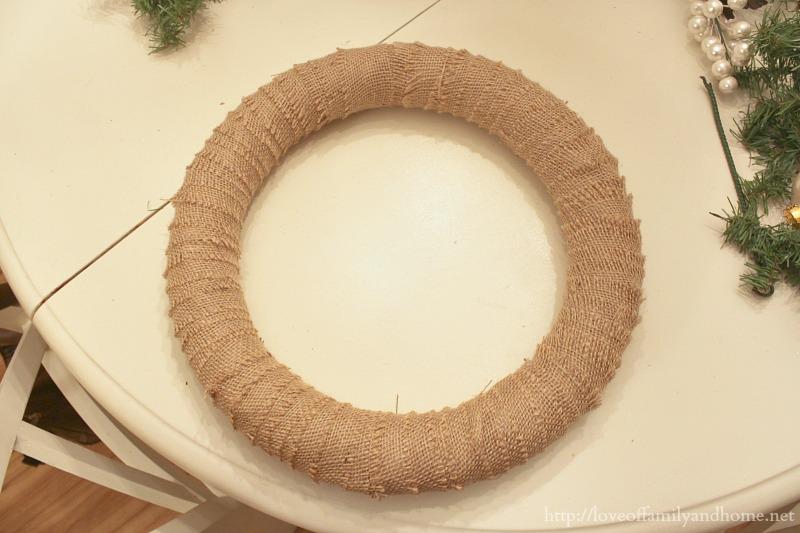 burlap christmas wreath 4