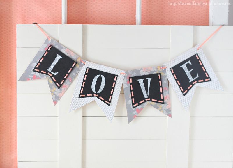 Easy Valentine's Day Chalkboard Banner