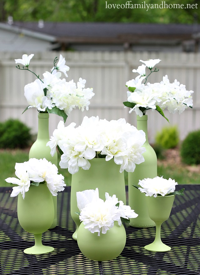 Easy inexpensive centerpiece ideas spray painted vases