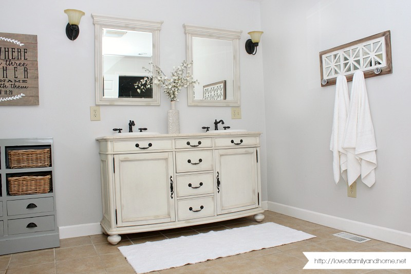 Master Bathroom Makeover 20