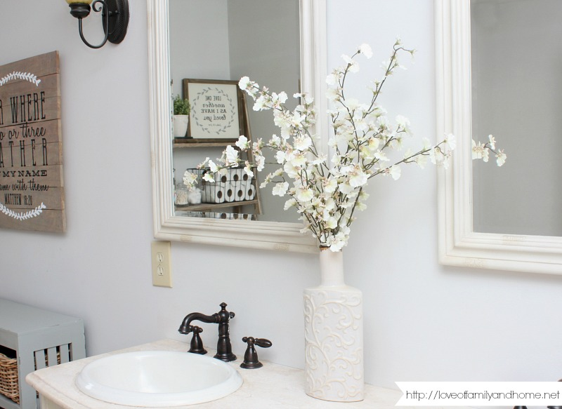 Farmhouse Style Bathroom Makeover